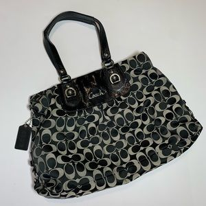 Coach Ashley Signature Sateen Carryall F15510 bag